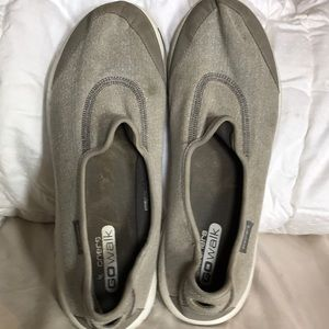 Skechers GoWalk Lt Grey Wmns Shoes Sz 11m